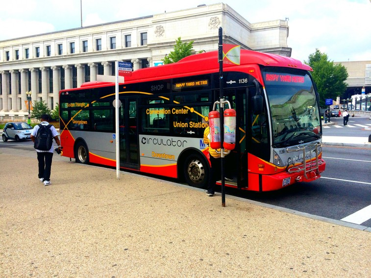 DC_Circulator_Van_Hool_A300K_Bus