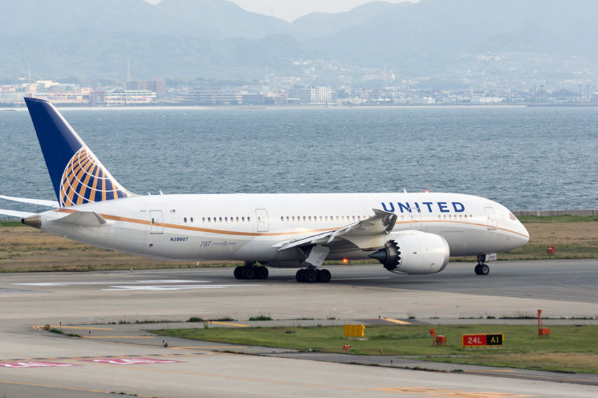 United_Airlines,_UA34,_Boeing_787-8_Dreamliner,_N29907,_Departed_to_San_Francisco,_Kansai_Airport_(17197427335)