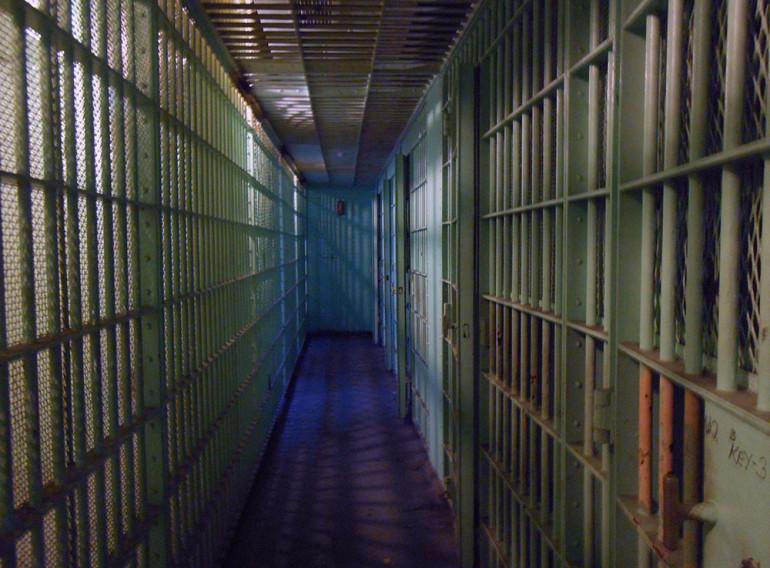 jail-cells-429638